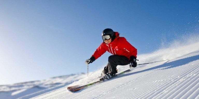 Skiing : The Health Benefits Associated With it
