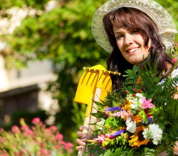 Do You Love Gardening?  5 Eco Ways To Approach Green Waste Disposal