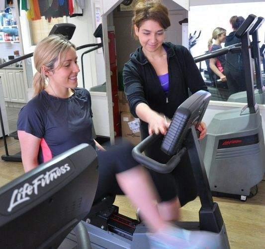 Benefits Of Hiring Online Personal Fitness Trainers
