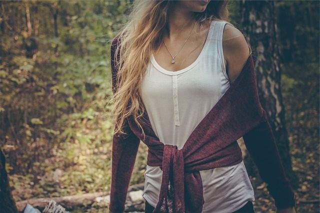 Be The Casual Fashion Queen: 5 Amazing ways to stylize all Your Tank Tops!