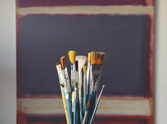 6 Things to Consider when Hiring an Interior Painter