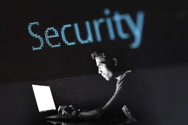 4 Ways To Stop Cyber Crime From Damaging Your Business