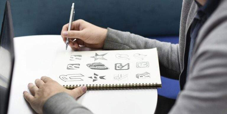 What are the Tools Needed to be a Logo Designer?