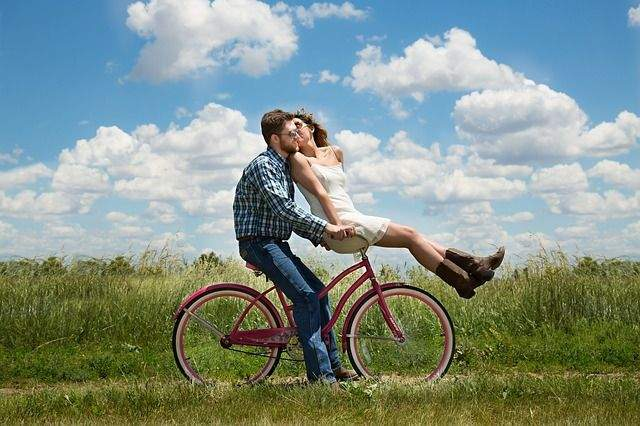 Strengthen Your Relationship by Traveling Together
