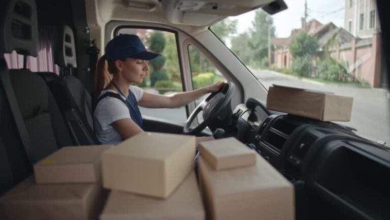 5 must-have features of a good e-commerce courier service