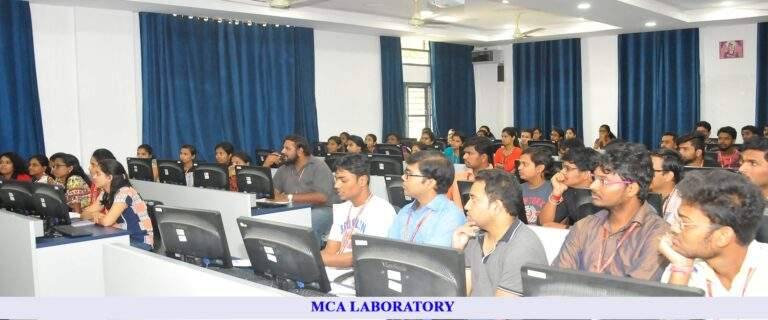 Connect with the top MCA institute in India