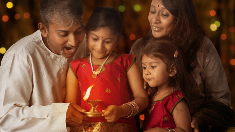 Best Gift Ideas For Elderly And Parents This Diwali
