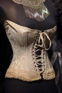Myths about corsets