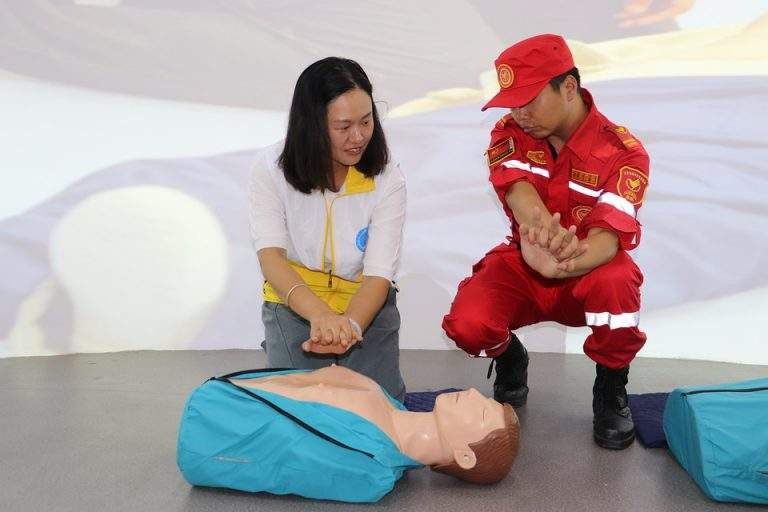Tips To Protect Yourself While Giving CPR To Someone Who is ill