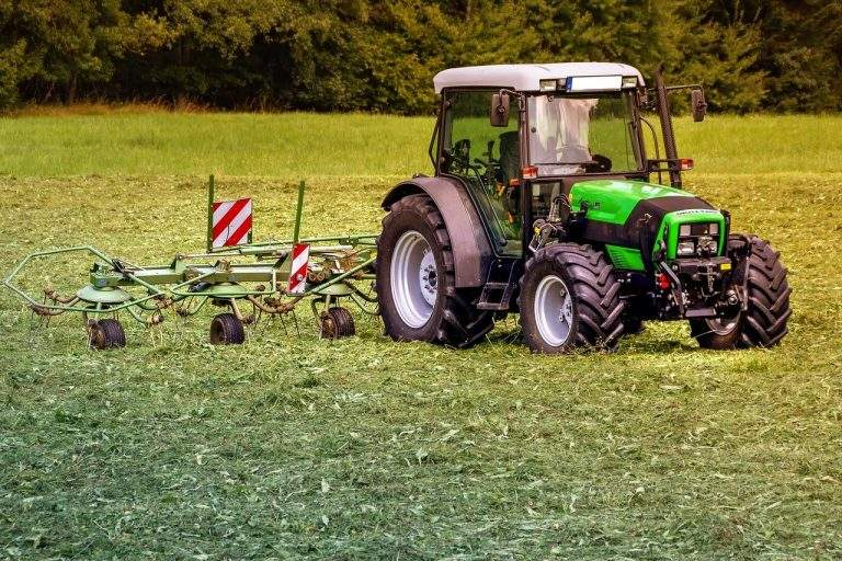 A Guideline to Shop for Tractor Deals