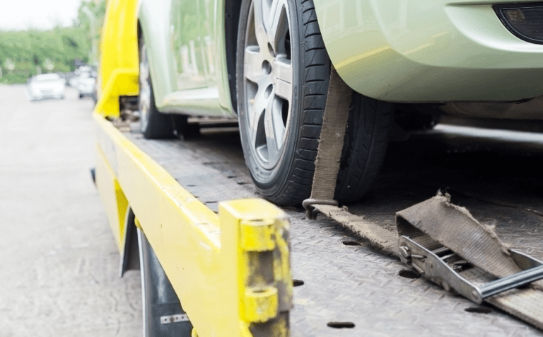 7 Points-To-Ponder To Hire A Car Towing Service