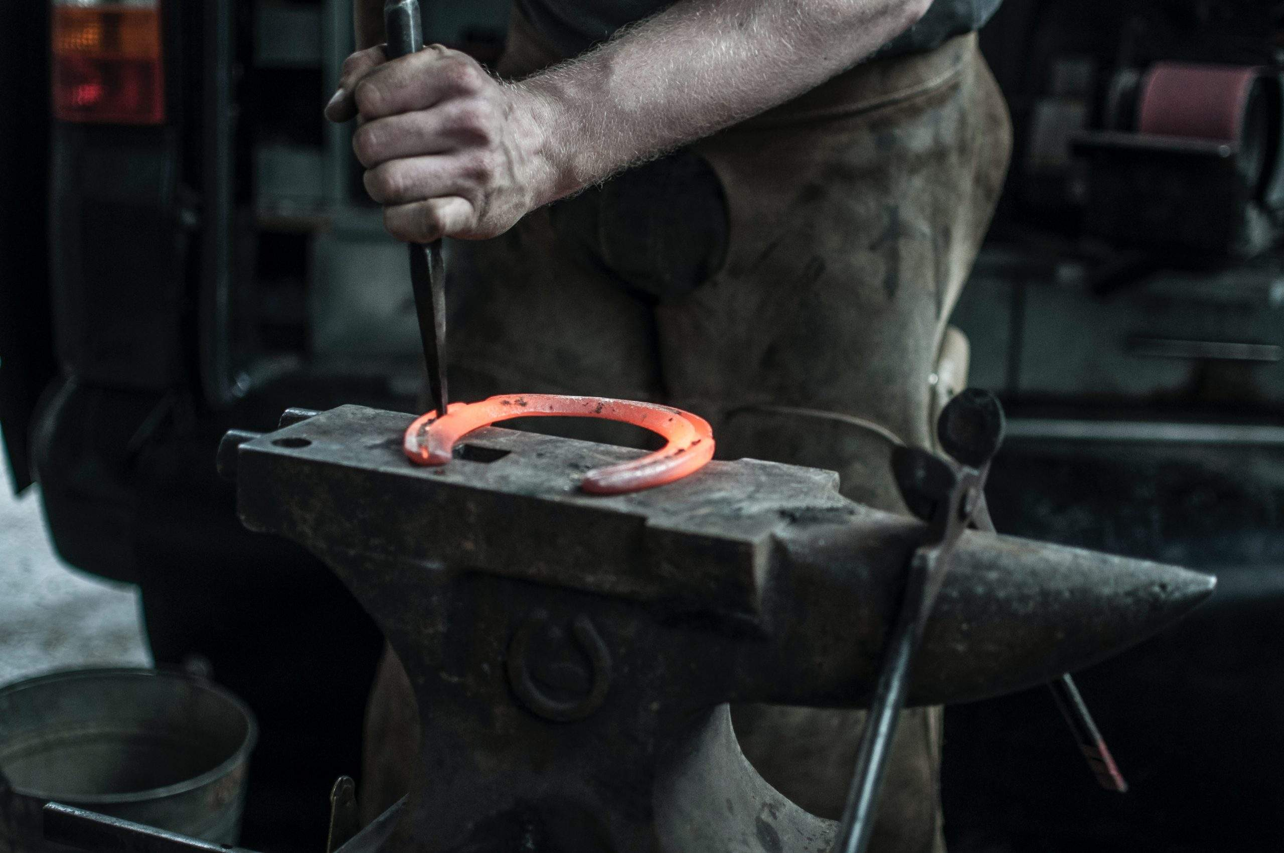 Know About Farriers