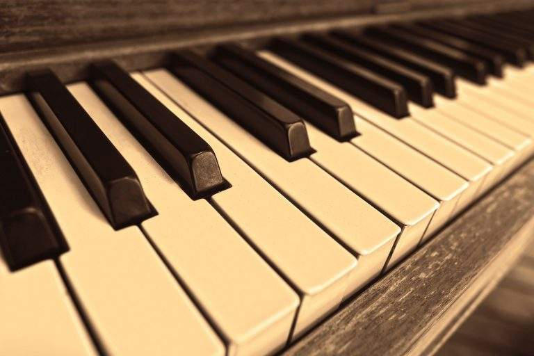 How to Take Care of Musical Instruments While Relocation