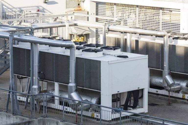 How Does an Air-Cooled Chiller System Work?