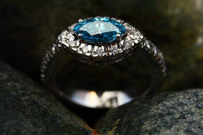 Surprise Your Loved Ones With a Beautiful Ring