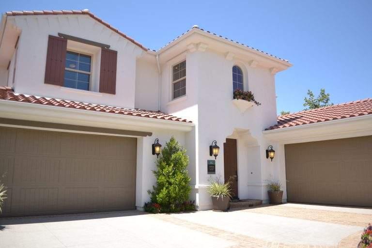 Residential Garage Door Buying Guide